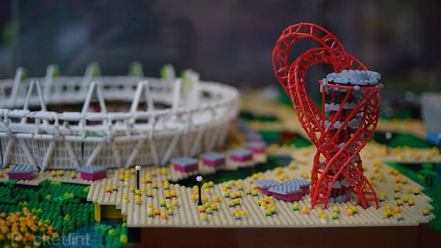 Le parc olympique Londonien en LEGO dans Etc... olympic_park_warren_elsmore5-620x348